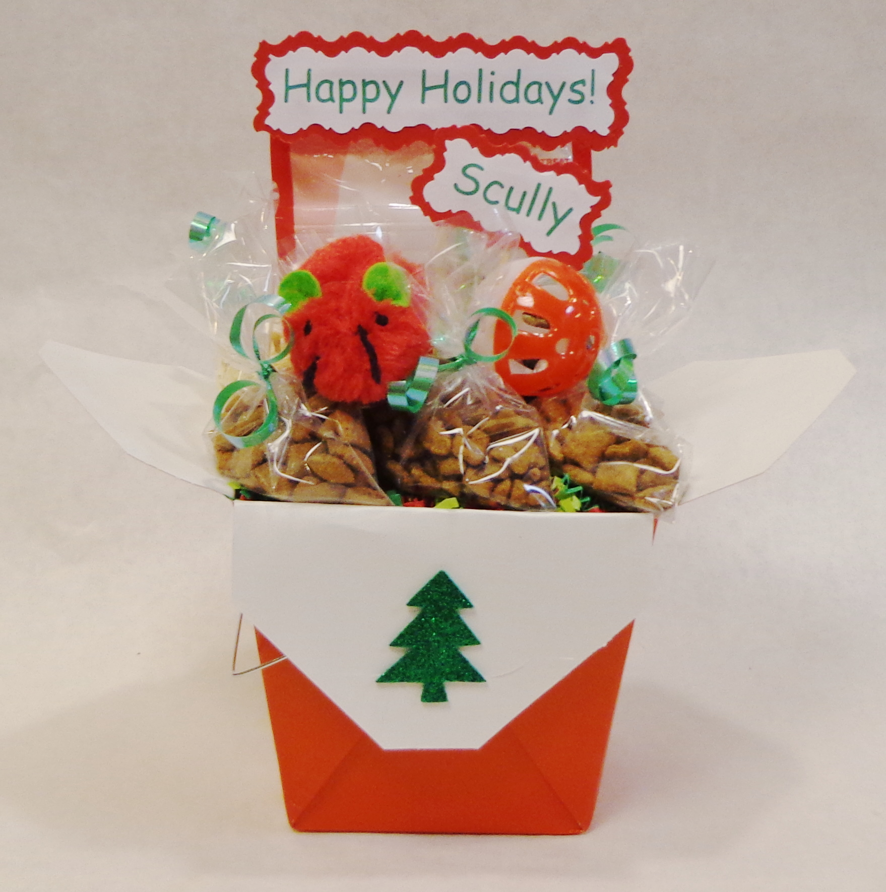 Small Cat Christmas Gift Baskets